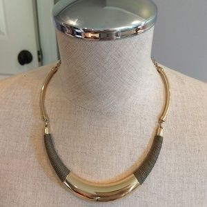 WHBM green/gold necklace